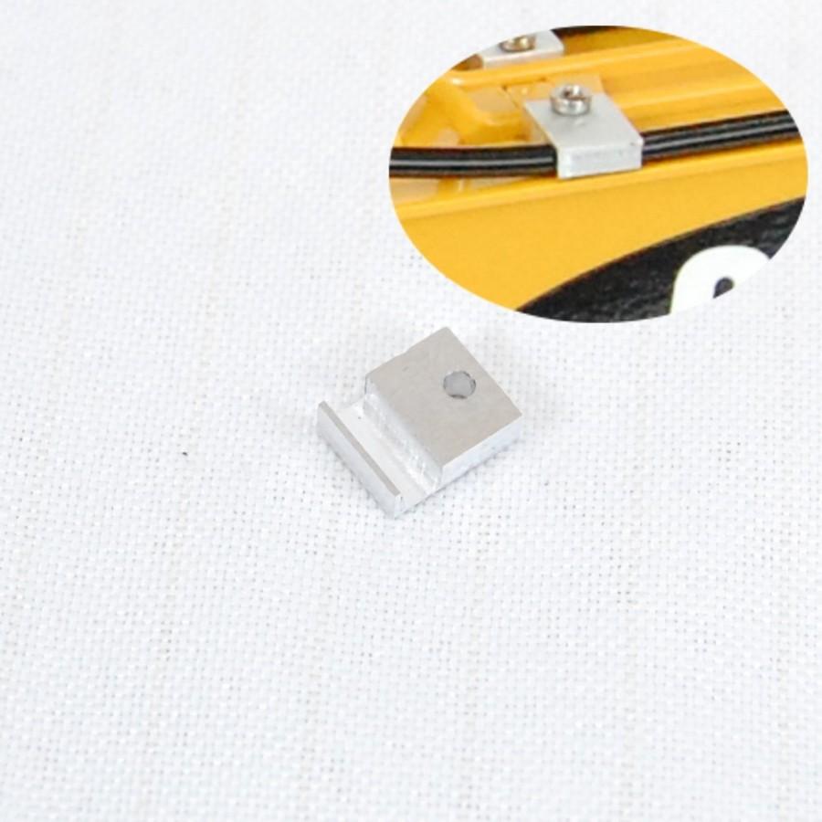 Abrazadera 1 línea para tubería 3 mm