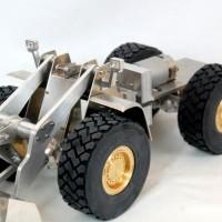Komplettrahmen + Räder für Bruder Liebherr 574