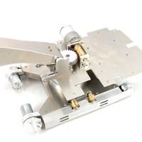 Unterwagen mit Metallbasis und Arm - 1/16 Bagger