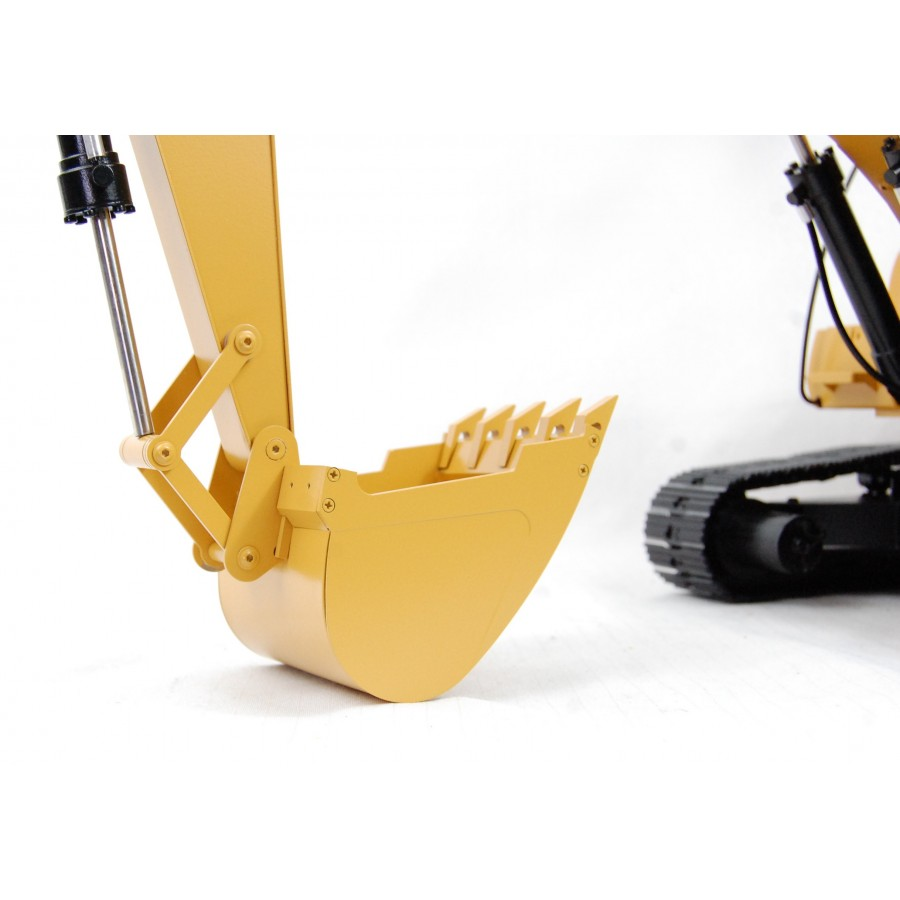 Bottom metal structure - 1/16 Excavator